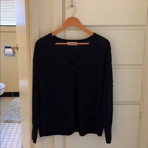 Everlane navy blue thin/soft wool v neck sweater